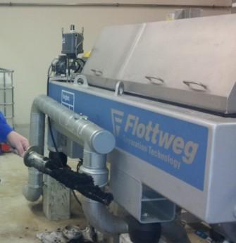 Biogasschlammentwässerung mit Zentrifuge